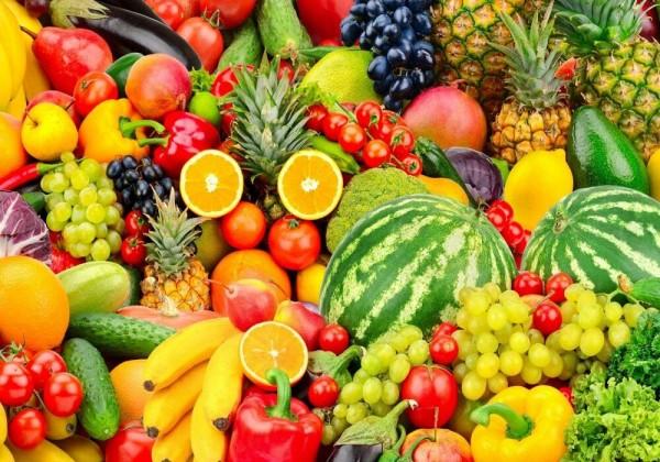ما هي فوائد تناول الفواكه قبل النوم