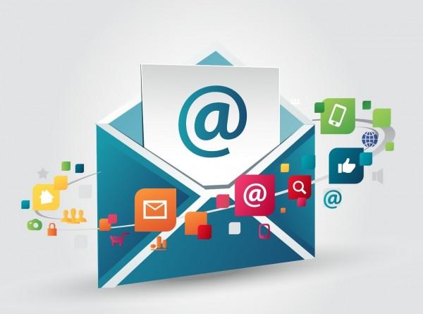 يمكن أن تتضمن الرسالة في البريد الإلكتروني أي نوع من البيانات