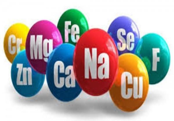 ما هو الذي تكون العناصر فيه بنسب كتلية ثابتة