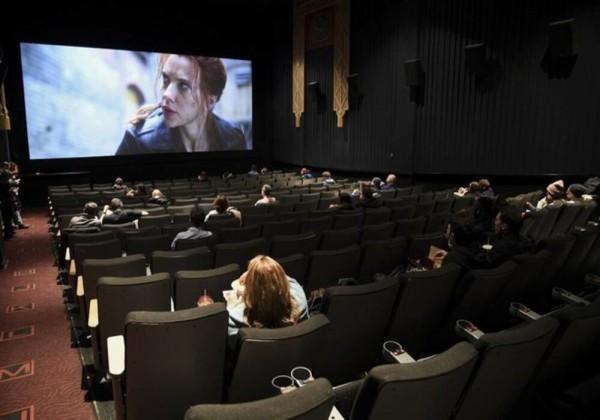 سينما نيويورك تفتح أبوابها بعد عام من إغلاقها