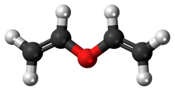ما هو الحد الأقصى لعدد الروابط الهيدروجينية لذرة كربون واحدة