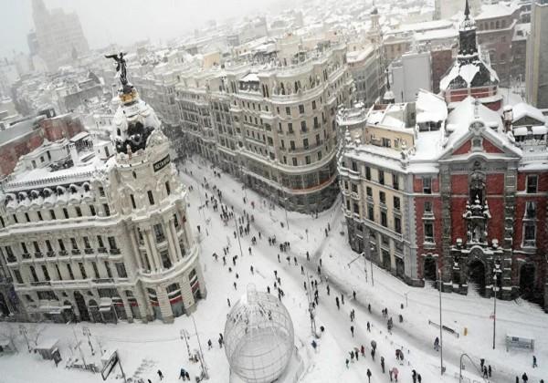 مدينة مدريد تسجل أدنى درجة حرارة منذ 76 عاما