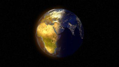 ما طبقة الغلاف الجوي التي يتفاعل فيها الميثان مع جذور الهيدروكسيل لتكوين الماء وثاني أكسيد الكربون