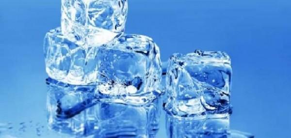 مقياس الحرارة الذي يعطي نقطة تجمد الماء 0 درجة ونقطة غليانه هي 100 درجة