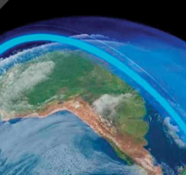 وزن الغلاف الجوي يساوي وزن طبقة من الماء سمكها