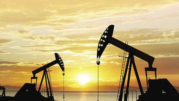 تفاصيل تذبذبت أسعار النفط العالمية خلال الأسبوع
