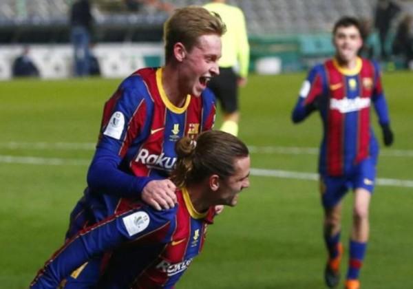 تعرف على أكثر لاعبي برشلونة تتويجًا بالألقاب في التاريخ