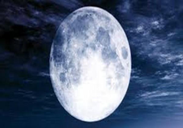 المرحلة التي تلي مرحلة البدر في اطوار القمر هي