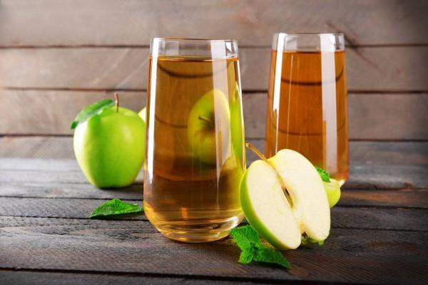 فوائد عصير التفاح الصحية لجسم الإنسان