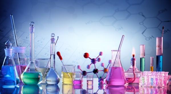 ماذا تسمى عملية إعادة ترتيب الذرات في مادة أو أكثر لتكوين مواد مختلفة