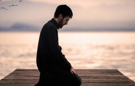 وجه الاستشهاد من الآية على شروط قبول العبادة مع الشرح