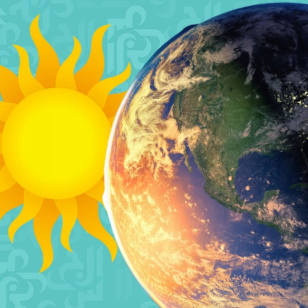 ما الذي يحمي الأرض من الجزيئات المشحونة القادمة من الشمس
